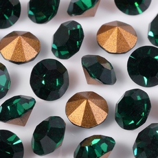 Strass Oktant  base conica Emerald SS28D6,00mm