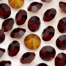 Strass LDI Collection base conica Garnet SS29  6,20mm